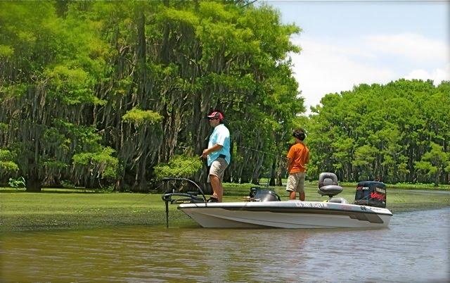 The boomer culture caddo lake and big cypress bayou for Caddo lake fishing