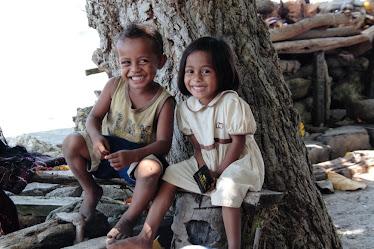 Deux enfants à Flores
