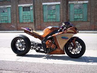Custom AKOO Yamaha R1
