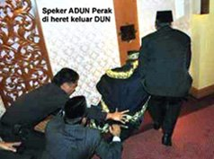 YB. SIVAKUMAR (Speaker) Diheret Keluar DUN