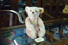 ORIGINAL STEIFF REPLICA 1907 CLASSIC TEDDY BEAR