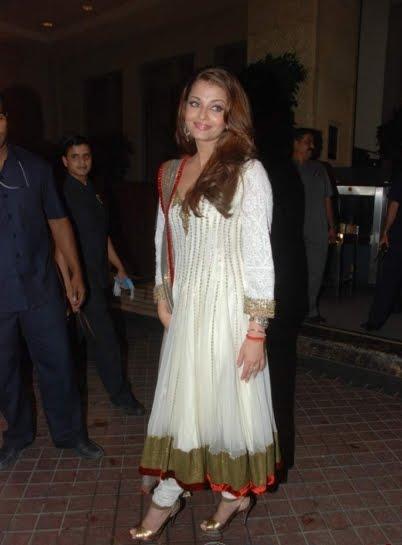 Aishwarya In Salwar Kameez