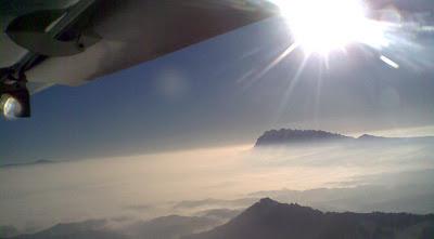 Montserrat al fondo