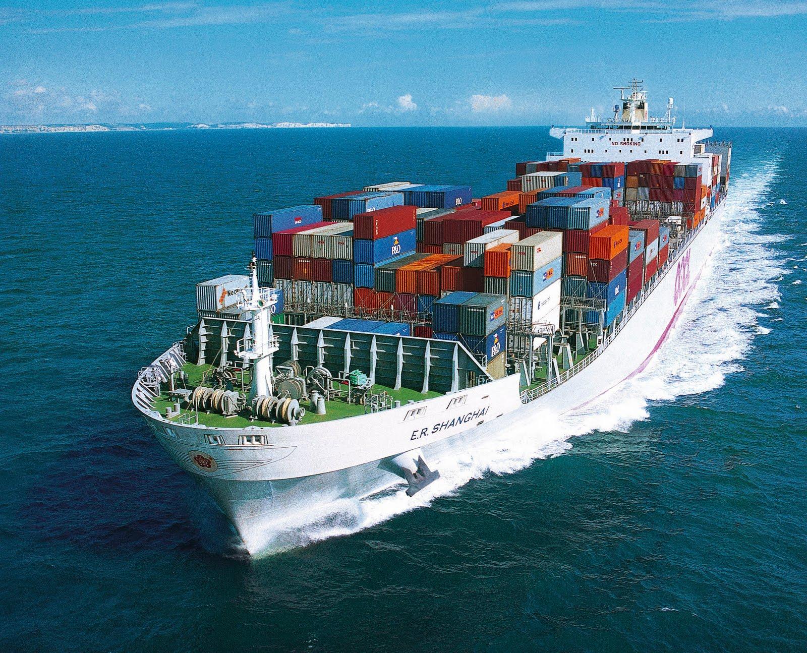 arun associates cochin: CARGO SHIPS