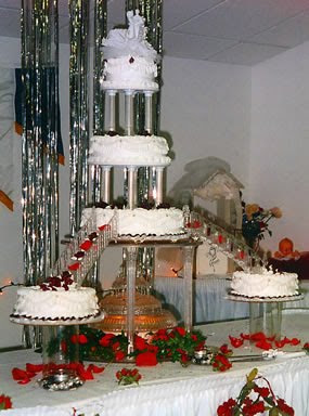 wedding cakes ideas with fountains