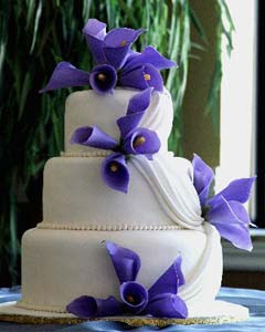 puple wedding cake
