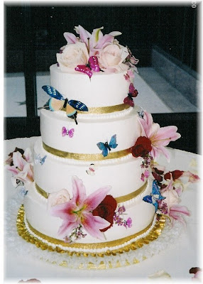 variant butterfly wedding cake