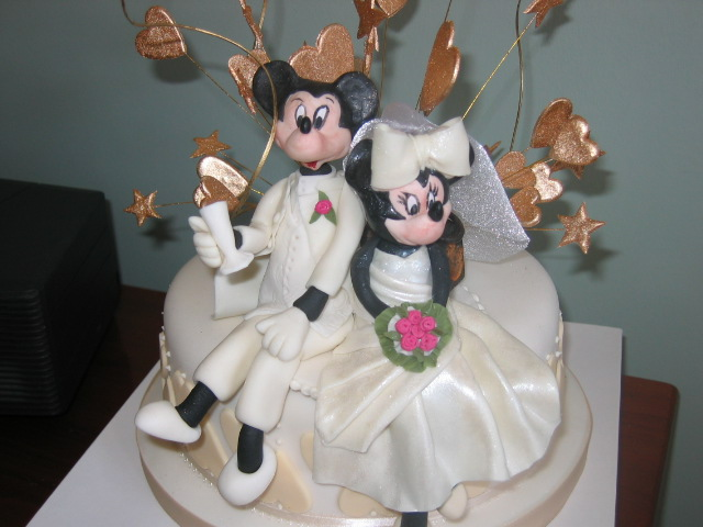 Disney Wedding Cakes Groom Micky Mouse Cake