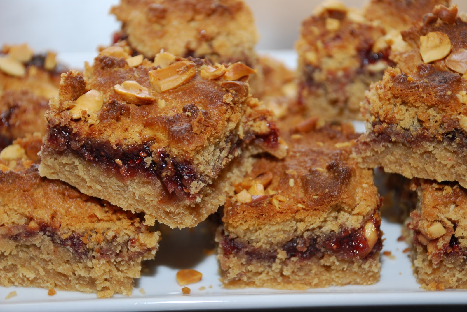Tomatoes on the Vine: Peanut Butter and Jelly Bars