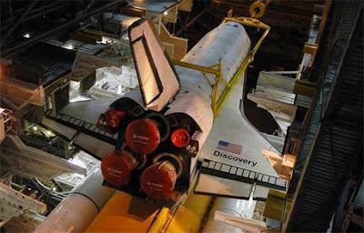 Meluncur dan Sukses Bersama Pesawat Ulang Alik NASA