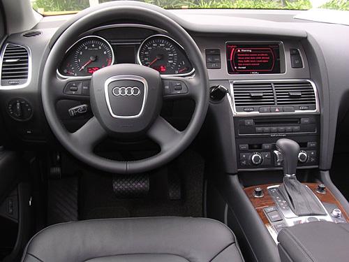 2011 Audi Q7 Interior