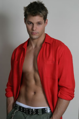actor, Justin Bruening, models