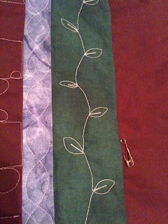 A Few Scraps: Free Motion Quilt Along: Vines and Feathers