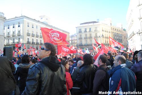 [FOTOS] Huelga y concentración de los trabajadores de las instalaciones deportivas municipales de Madrid 6