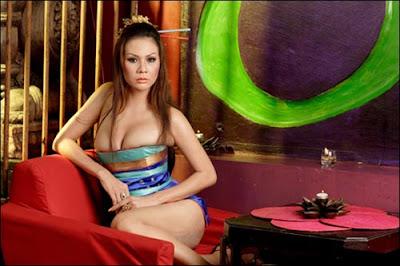 Lingerie Model - Victoria Tjong