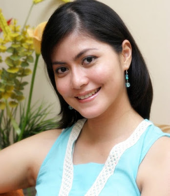 The Ideal Wife and mother - Inez Tagor