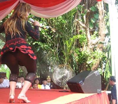 Inul Daratista Will Shake her Big Booty in Malaysia