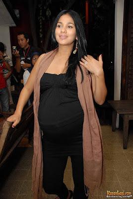 Nova Eliza Staying Active During Pregnancy