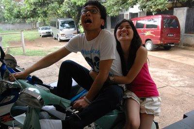 Raditya Dika [Kambing Jantan] and Fiza - CINLOK!