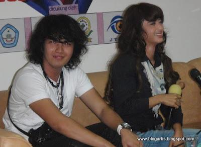 Dewi Persik & Aldi Taher Get Married? [Nikah Siri?]