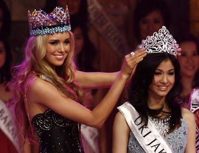 Karenina Sunny Halim wins miss Indonesia 2009