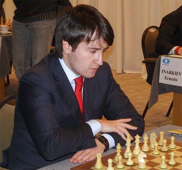 Photo ci-contre: le joueur azéri Teimour Radjabov finit premier ex-aequo.