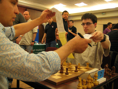Vladislav Tkachiev et Maxime Vachier-Lagrave ont signé la paix © Chess & Strategy