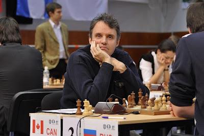 Le maître international d'échecs Jean Hébert à Khanty-Mansiysk en Sibérie occidentale - photo site officiel