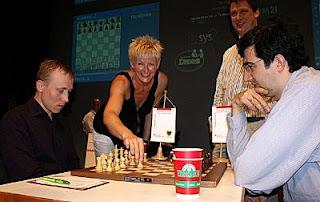 Echecs à Dortmund : Ruslan Ponomariov face à Vladimir Kramnik) © site officiel