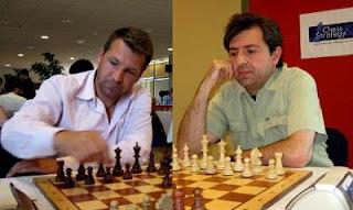 Echecs à Dieppe : Jérôme Blondel avec les Noirs face à Alexandre Dgebuadze © Chess & Strategy