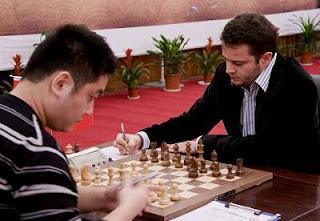 Echecs à Nanjing : Wang Yue 0-1 Etienne Bacrot © ChessBase