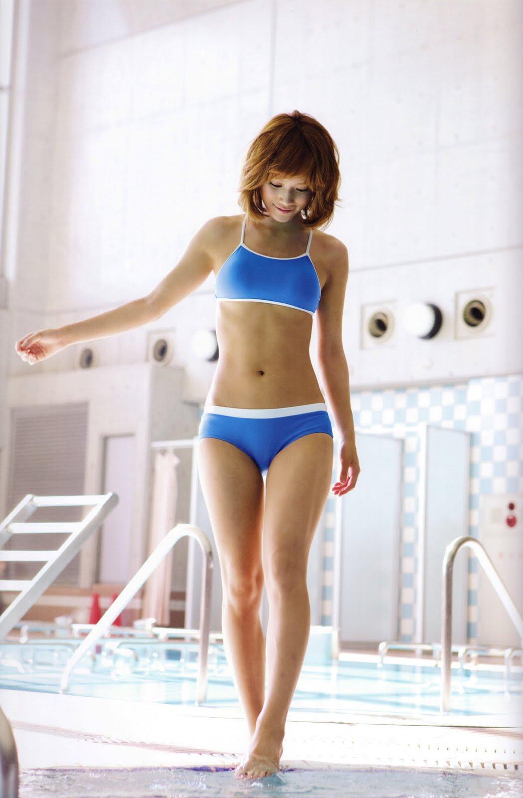 http://4.bp.blogspot.com/_hJVox6-vy_4/TR6ntM4XEGI/AAAAAAAADn0/kpHX7Qg3oD4/s1600/Kamei%2BEri%2Bin%2Bgym%2Band%2Bswimming%2Bpool06.jpg