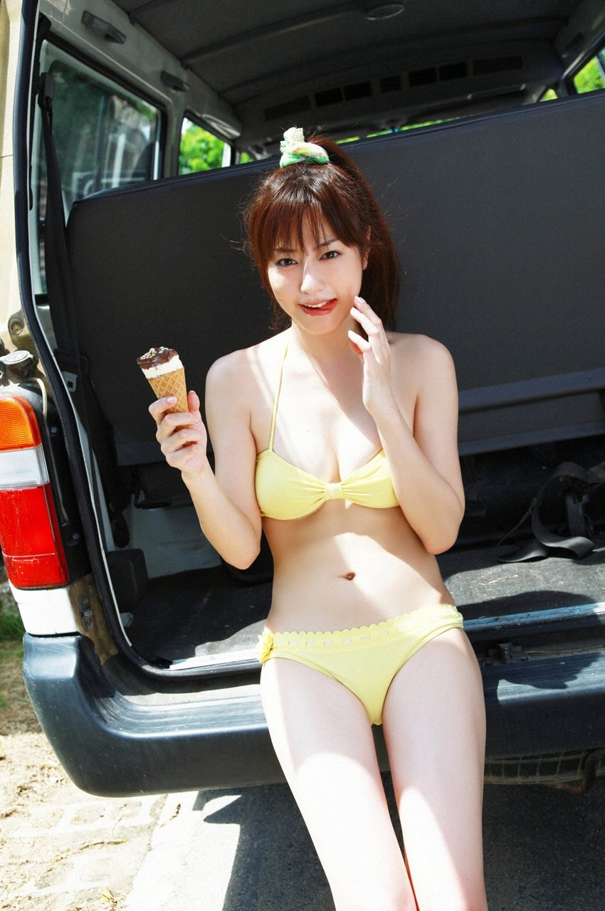 Yumi Sugimoto sunflower and ice cream ~ metafteratispsichis
