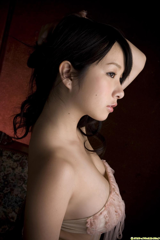 Rui%25252BKiriyama%25252Bsexy%25252Bin%25252Bclassic%25252Bstyle%25252Broom01 erica durance nude pics and more