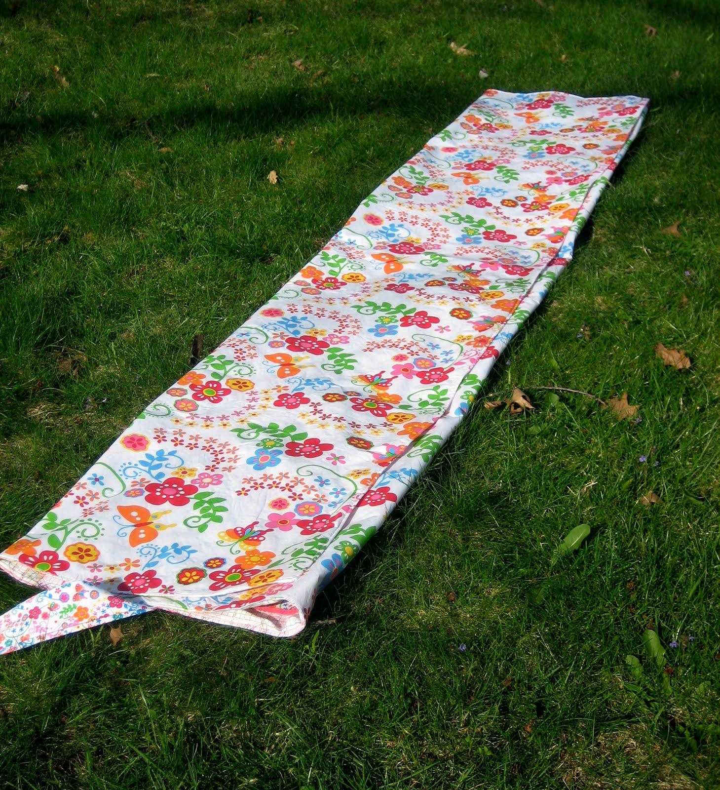 Picnic Blanket: Waterproof Picnic Blanket Tutorial