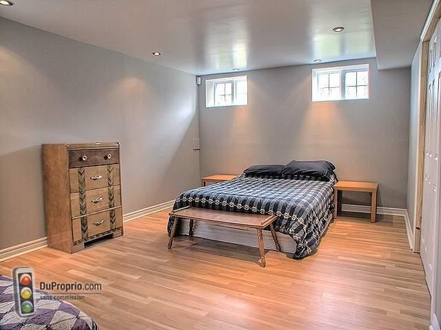 la tranquilit de la nature proximit de tous les services cliquez sur les liens ci dessous. Black Bedroom Furniture Sets. Home Design Ideas