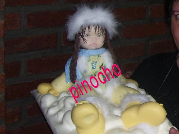 nena en la nieve