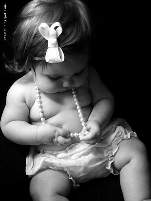 [Cute+Baby+Girl+[from+www[1].metacafe.com]+]