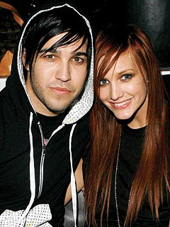 Ashlee Simpson and Pete Wentz Wedding Photos