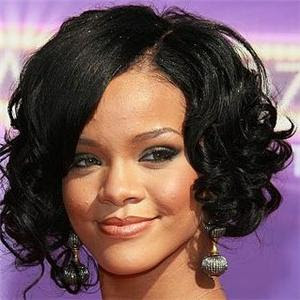 Rihanna Broke or Bankrupt Rumors