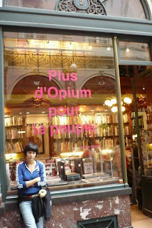 saint-hubert bookstore brussels