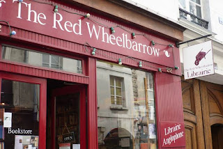 Red Wheelbarrow