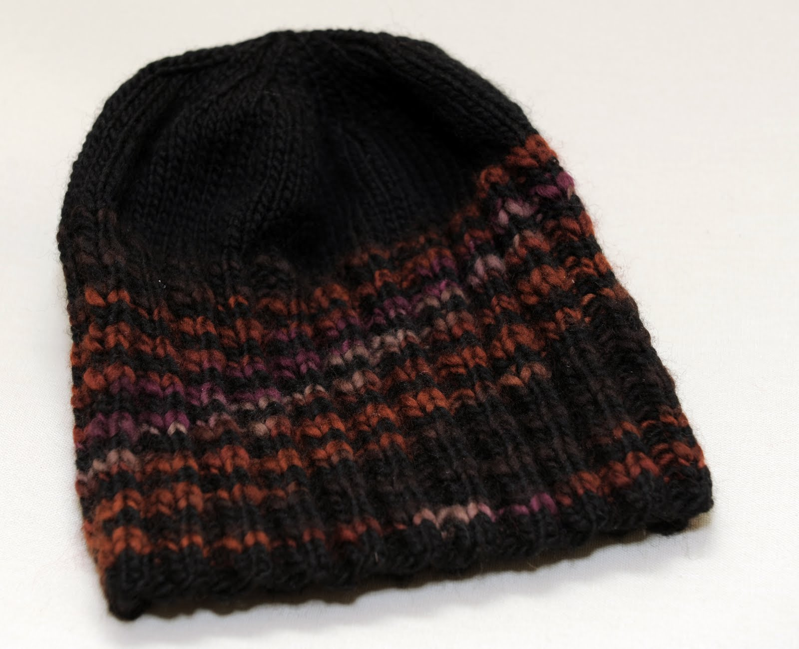 Knitting Pattern For Men s Stocking Cap : MENS KNIT HAT PATTERNS - FREE PATTERNS