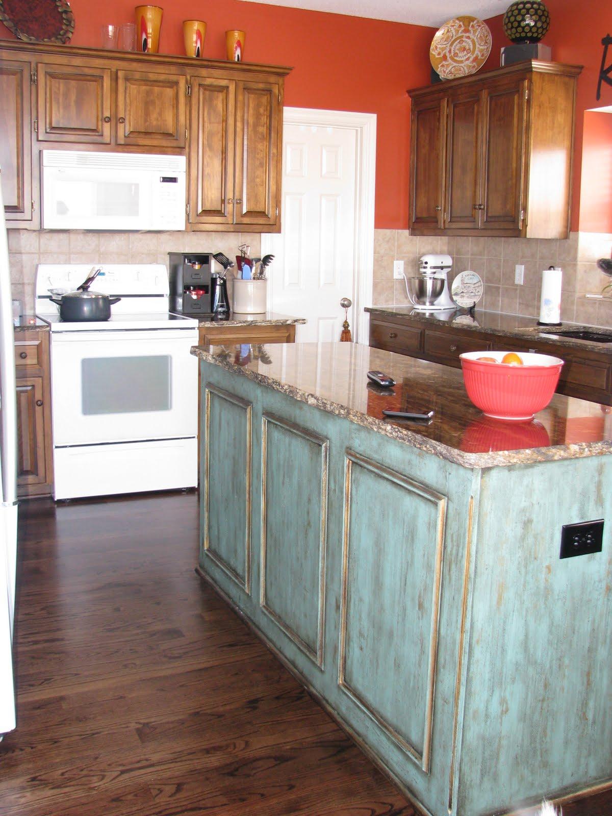 Warning island in this blog post is prettier than it for Como forrar muebles de cocina