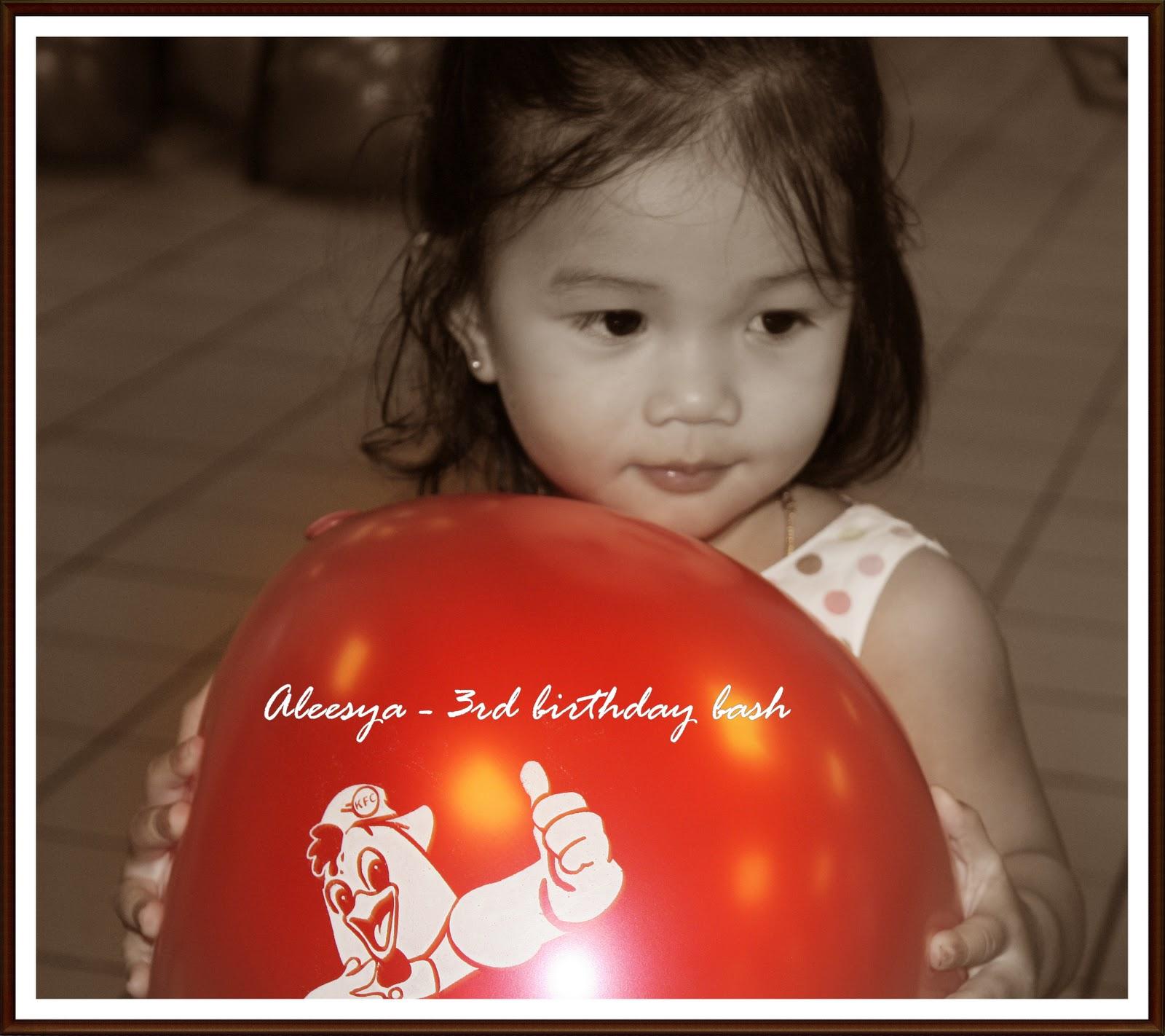 Damia Aleesya & Damia Ayyunie: Birthday Party Aleesya @ KFC Kajang 1