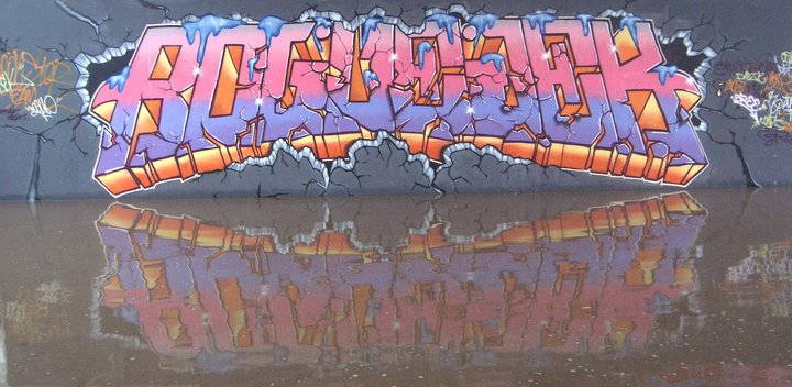 monster colors graffiti blog spray paint cans street art tags taggging. Black Bedroom Furniture Sets. Home Design Ideas