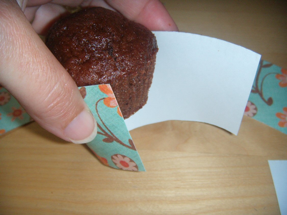 How To Use Cupcake Wrappers
