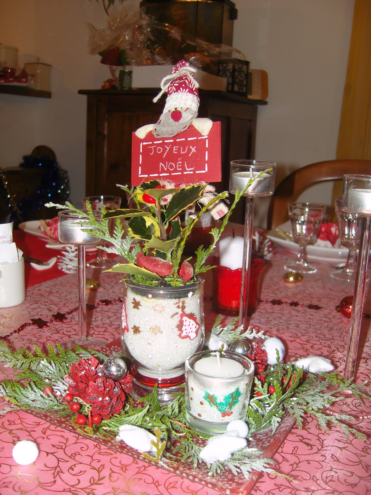 Dans la maison de s verine d coration de table du 24 12 10 for Decoration lumignon 8 decembre