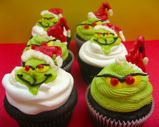 Sugar Swings blog Grinch cupcakes