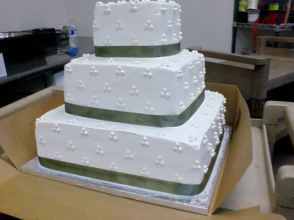 3Dot_Ribbon_Wedding_Cake344